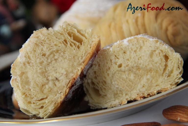http://azerifood.com/images/7/badambura5.jpg