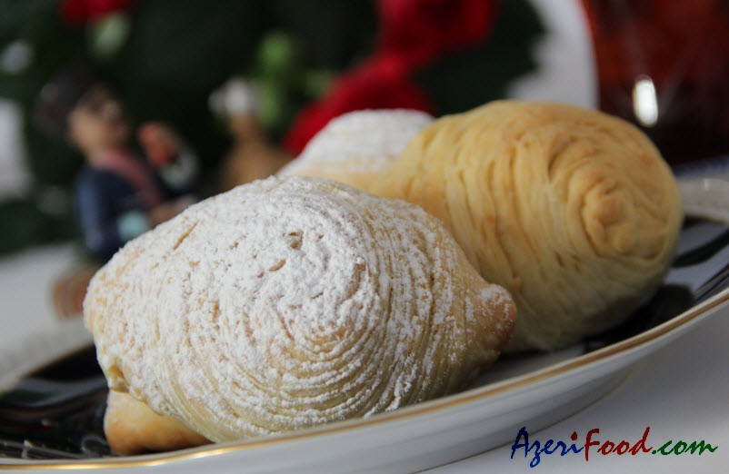 http://azerifood.com/images/7/badambura01.jpg